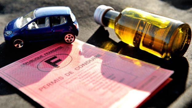 voiture-sans-permis-paris-La-petite-voiture-que-vous-pouvez-conduire-en-France-sans-permis-2-min