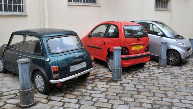 voiture-sans-permis-paris-La-petite-voiture-que-vous-pouvez-conduire-en-France-sans-permis-3-min